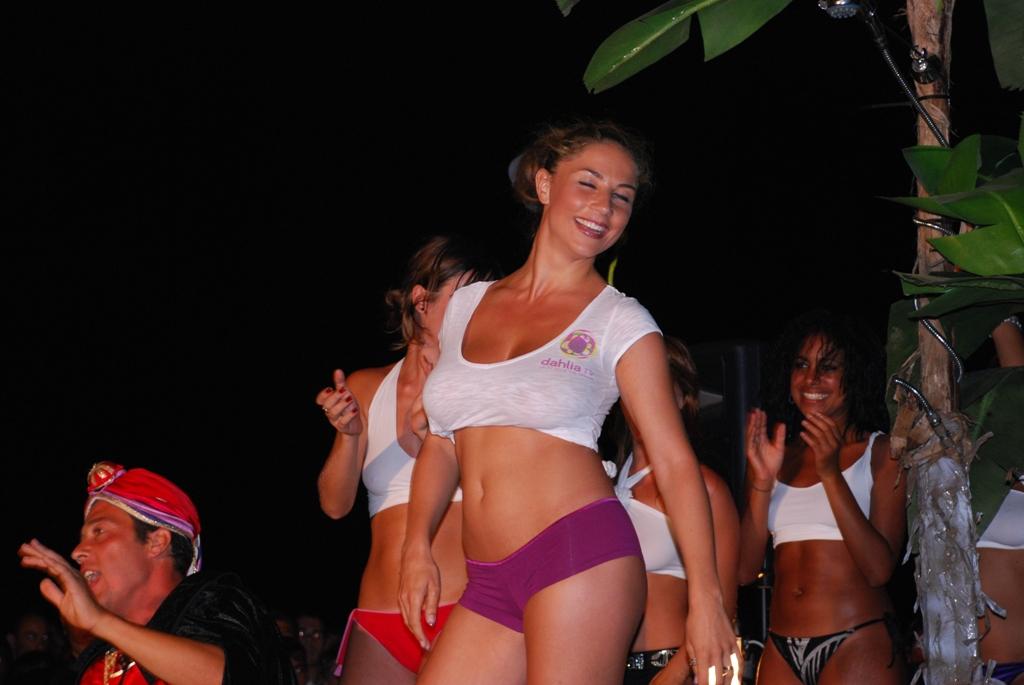 Miss Maglietta Bagnata la tappa a Marina di Ragusa nel 2009 - abcsicilia